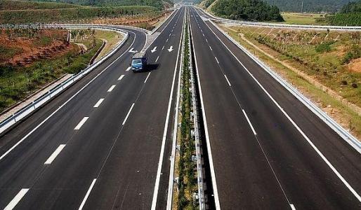 乌克兰去年公路运输量增长6.3%